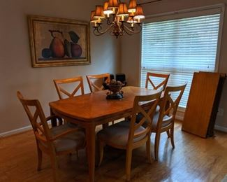 """Dining table with 2 leaves 70x42 (plus two 18"""" leaves)"""