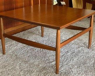 MCM Walnut Side Coffee Table18x30x30in