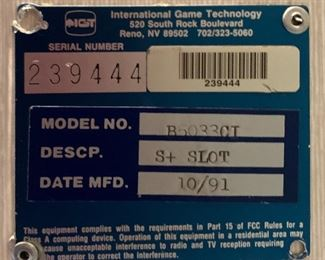 IGT Red/White/Blue B5033CI Slot Machine45x24x21inHxWxD