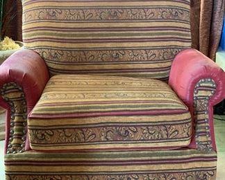 Faux Lizard Southwest Geneva Chair w/ Ottoman42x42x42 Ottoman: 18x38x26inHxWxD
