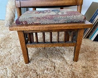 Arts and crafts style quarter sawn oak footstool