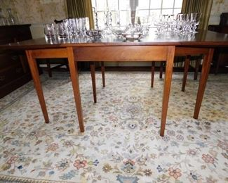 Mid 20c Colonial Revival Mahogany Drop Leaf Table