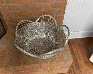 Metal basket