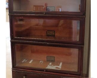BARRISTER BOOKCASE THE GLOBE WERNICKE COMPANY