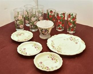 132. Porcelain Dishes and Drinking Glasses
