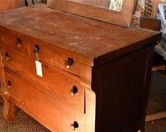 152. Chest of Drawers with Mirror