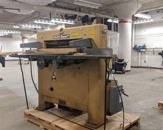 Paper Cutter Model 7006