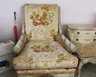 VINTAGE UPHOLSTERED CHAIR W/STOOL