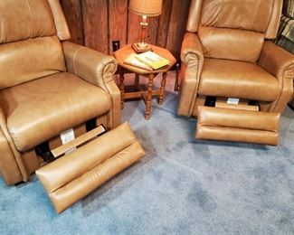 Like new LA Z BOY leather recliners
