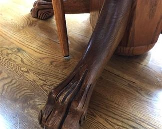 Claw foot Pedestal Table Base