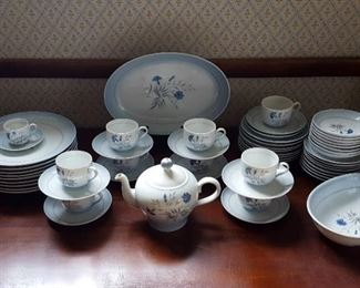 Bing & Grondahl Service for 8 Cornflower Blue Denmark Cups Saucers Plates Teapot (55 pieces total)
