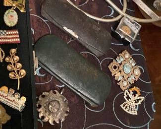 Antique glasses and jewelry