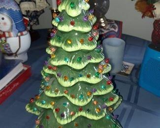 Luminar Christmas tree