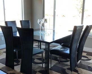 Kitchen dining with 6 chairs and bench