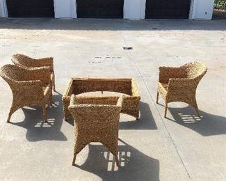 Woven Rattan set - Coffee table needs glass!