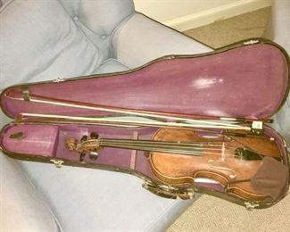 John Juzek signed antique violin in case, Prague, Czechoslovakia