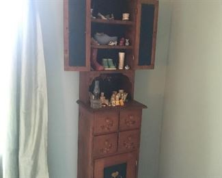 Display cabinet/storage unit