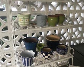 Baker's rack & pottery