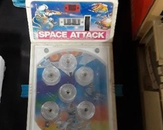 Space Attack Pin Ball Game