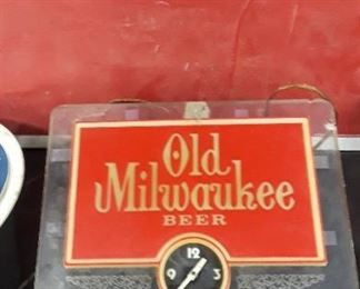 Old Milwaukee Beer Light and Clock