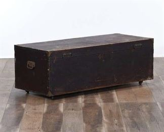 Craftsman'S Storage Trunk W Sliding Drawer