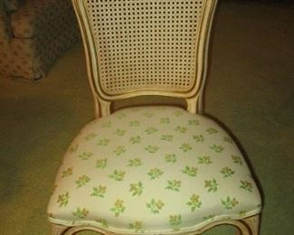 Kindel dining room chair