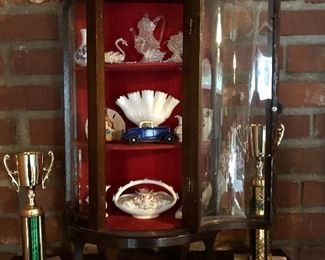 small chin cabinet with miniatures