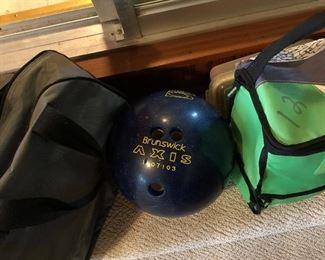 Brunswick Bowling Ball with bag