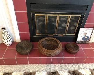 Interesting selection of woven baskets (more throughout the house); retro/modern vase.