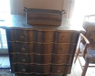 Beautiful 4 drawer chest with glass knobs