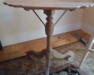 Early pine primitive table