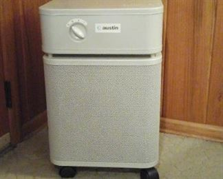 Austin air health mate HEPA air purifier
