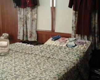 Flex - O - Bed  adjustable and massager  (King split)