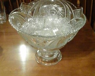 Large pressed glass punch bowl set 15 pieces