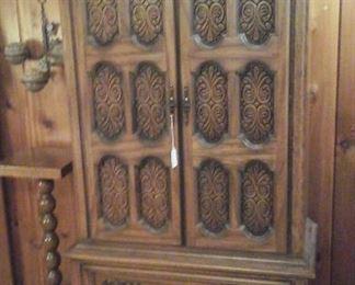 Mid century Gentleman's chest on chest part of queen bedroom suite