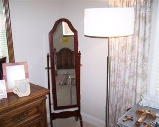 CHEVAL MIRROR & MODERN FLOOR LAMP