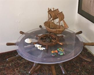 Nautical coffee table Fish candles