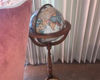 World Globe with Wood floor stand $150 OBO, If you are interested please text 312-933-5369 I will text you PayPal and pick up instructions.