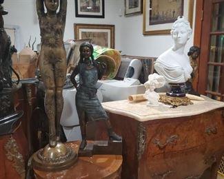 Escultura de bronze Bombe Biscuit diana