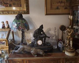 Lamp Tiffany  Reloj de bronze Lamp calamina  Tigre de bronze