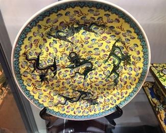 Antique Chinese matched pair of plates from the Guang Xu period with five claw dragons
