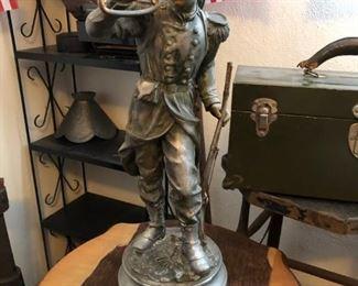 Civil War bugler figurine.