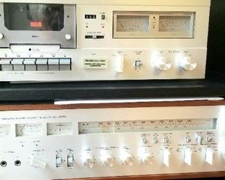 Yamaha cassette deck TC 520 and receiver CR 2020
