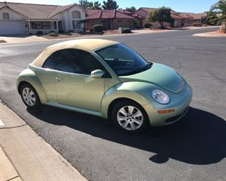2009 VW Convertible Bug, Passenger Side