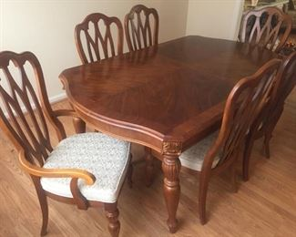 Stanley Furniture Dining Table & 6 Chairs