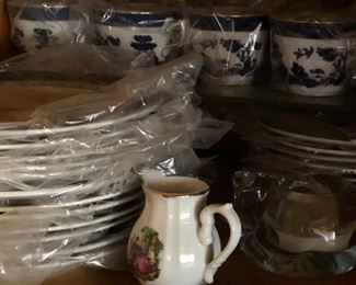 royal Dolton real old willow dishes set for 12