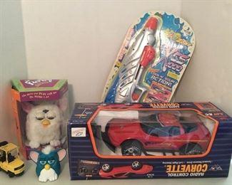 Vintage Toys https://ctbids.com/#!/description/share/336315