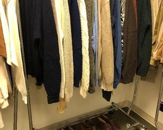 Men's size M/L Pendleton, L.L. Bean, Lands End and Wooleyback sweaters.