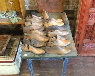 Rustic tables. Wooden shoe molds.
