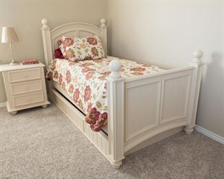 Twin Bed  Off White Finish